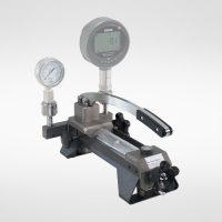 Bomba de presión para calibracion de manómetros